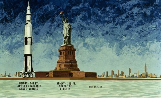 HEIGHT COMPARISON OF THE APOLLO SATURN V SPACE VEHICLE TO THE STATUE OF LIBERTY